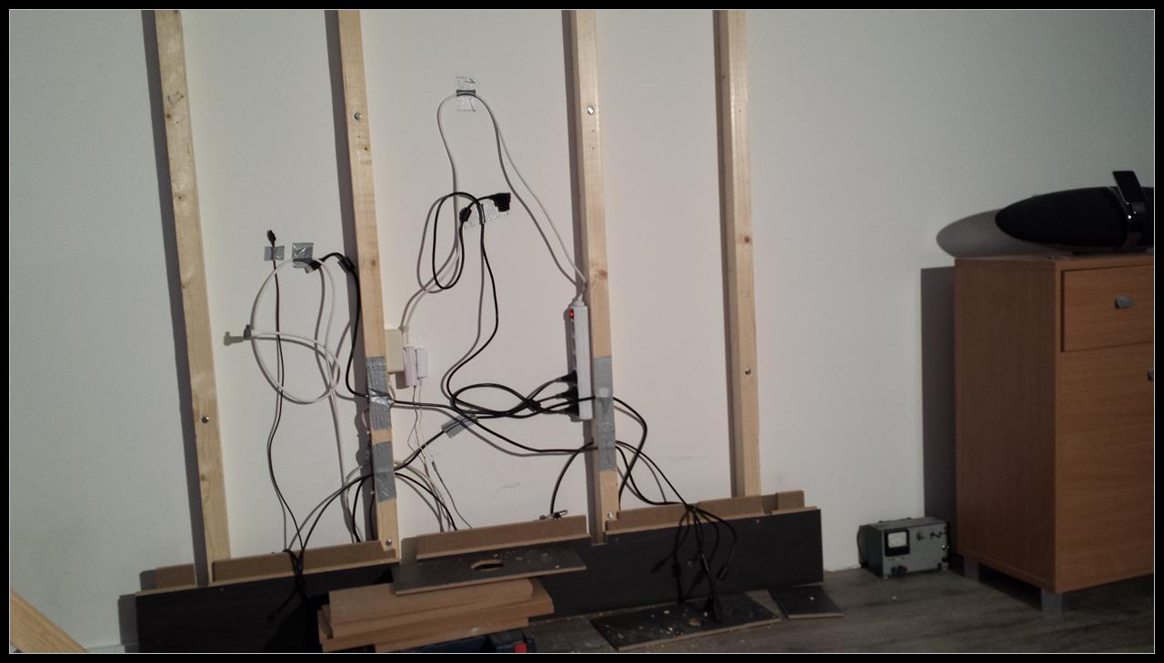 Tv wand   zwevend av meubel