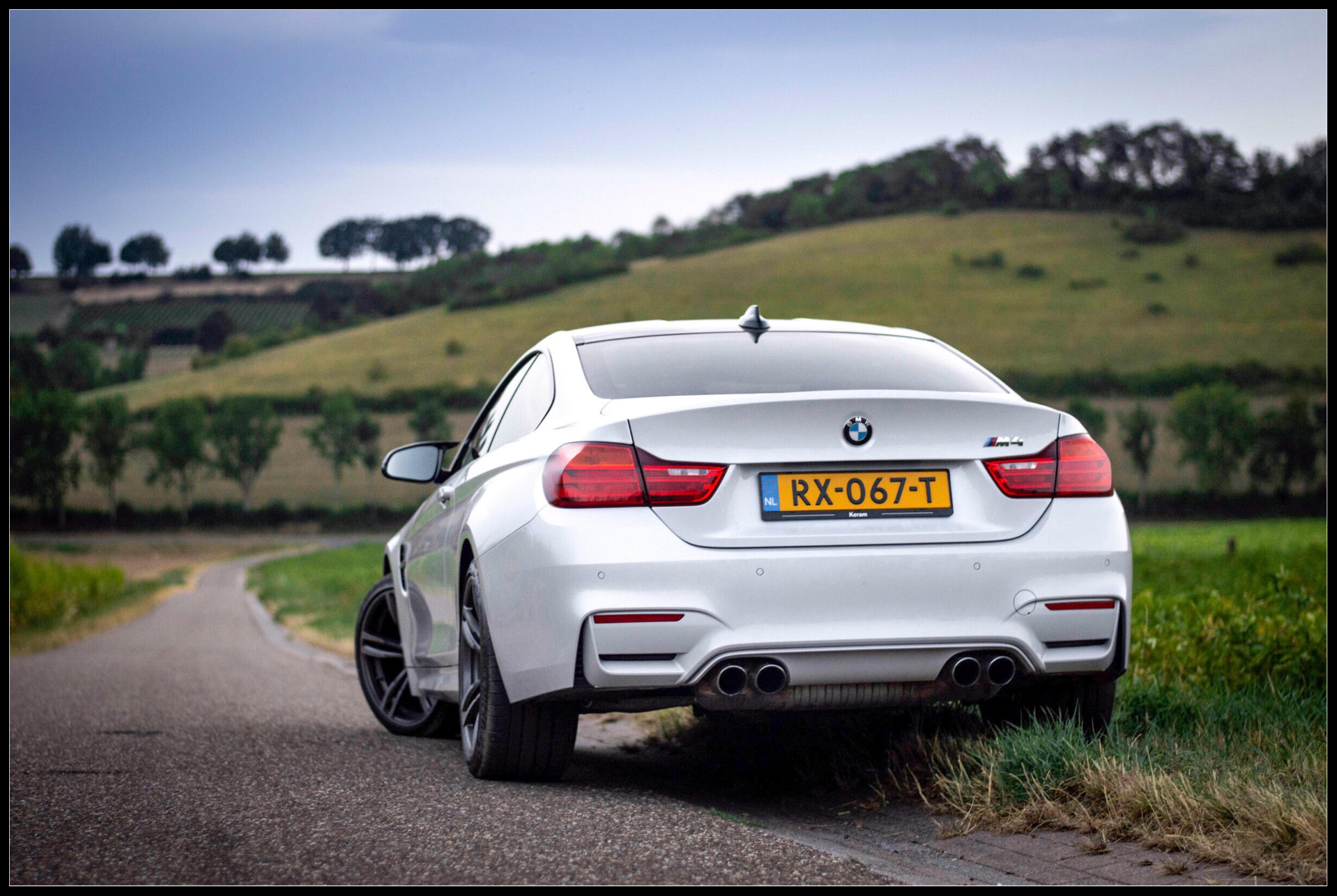 BMW_M4_photoshoot10.jpg