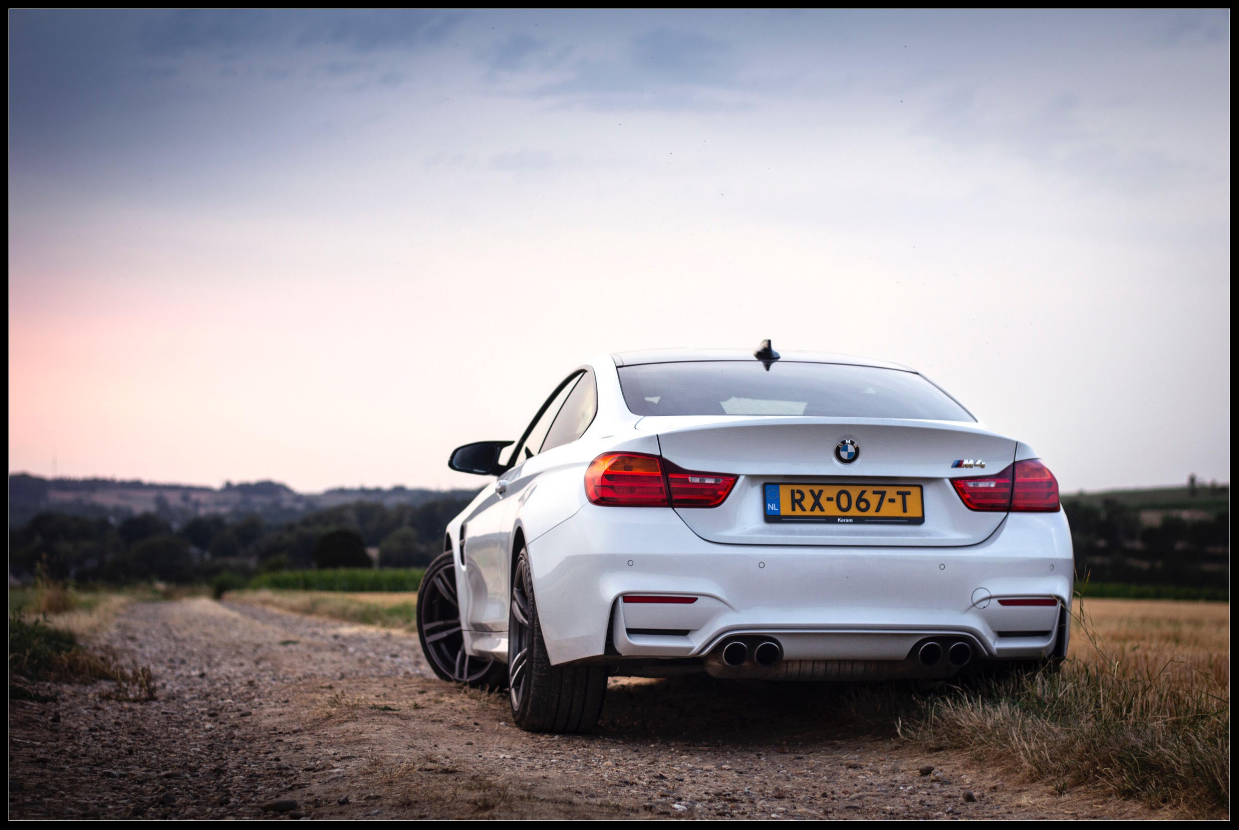 BMW_M4_photoshoot12.jpg