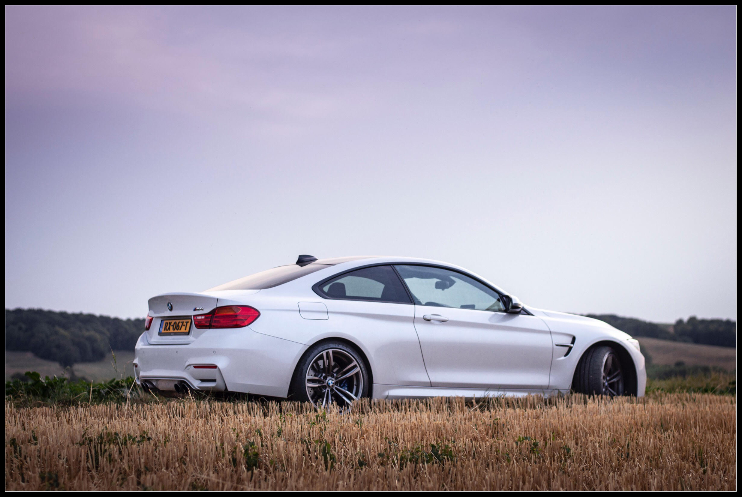 BMW_M4_photoshoot2.jpg