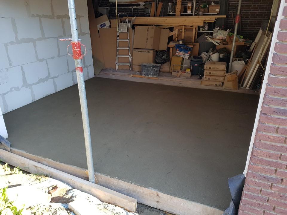 Garage_betonvloer.jpg