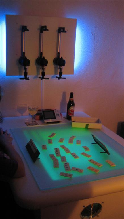 Multi_touch_table_drankrekje1.jpg