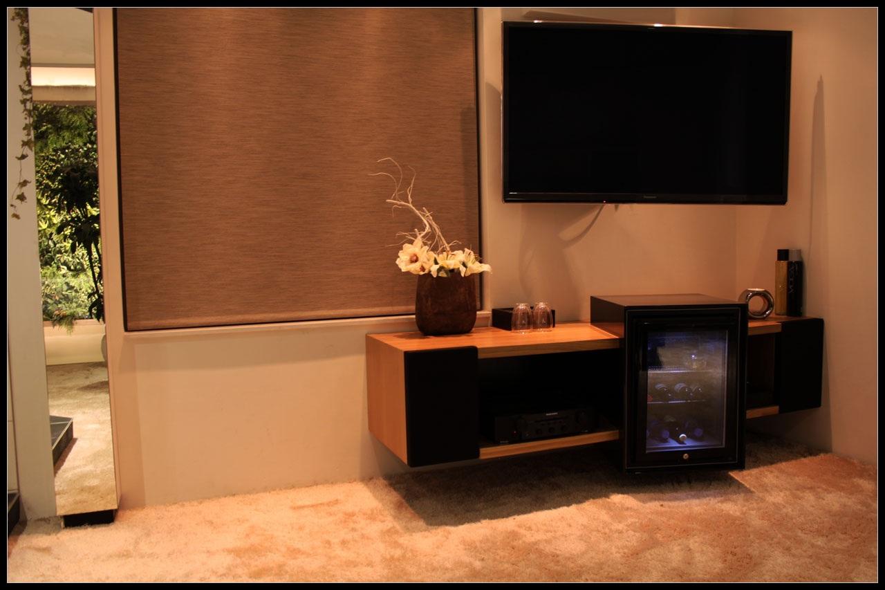 Nieuw_tv_meubel_slaapkamer1.JPG